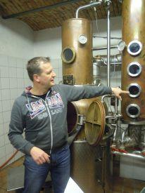 hlwhaag_destillerie001
