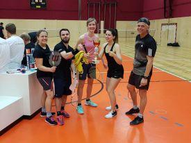 hlwhaag_badminton001